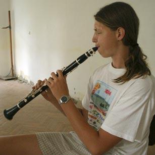 Oláh Zoltán klarinétozik