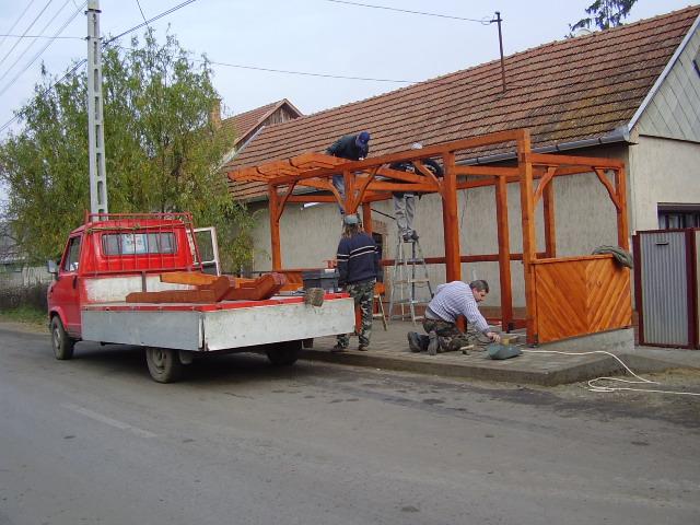 Az új váró építése