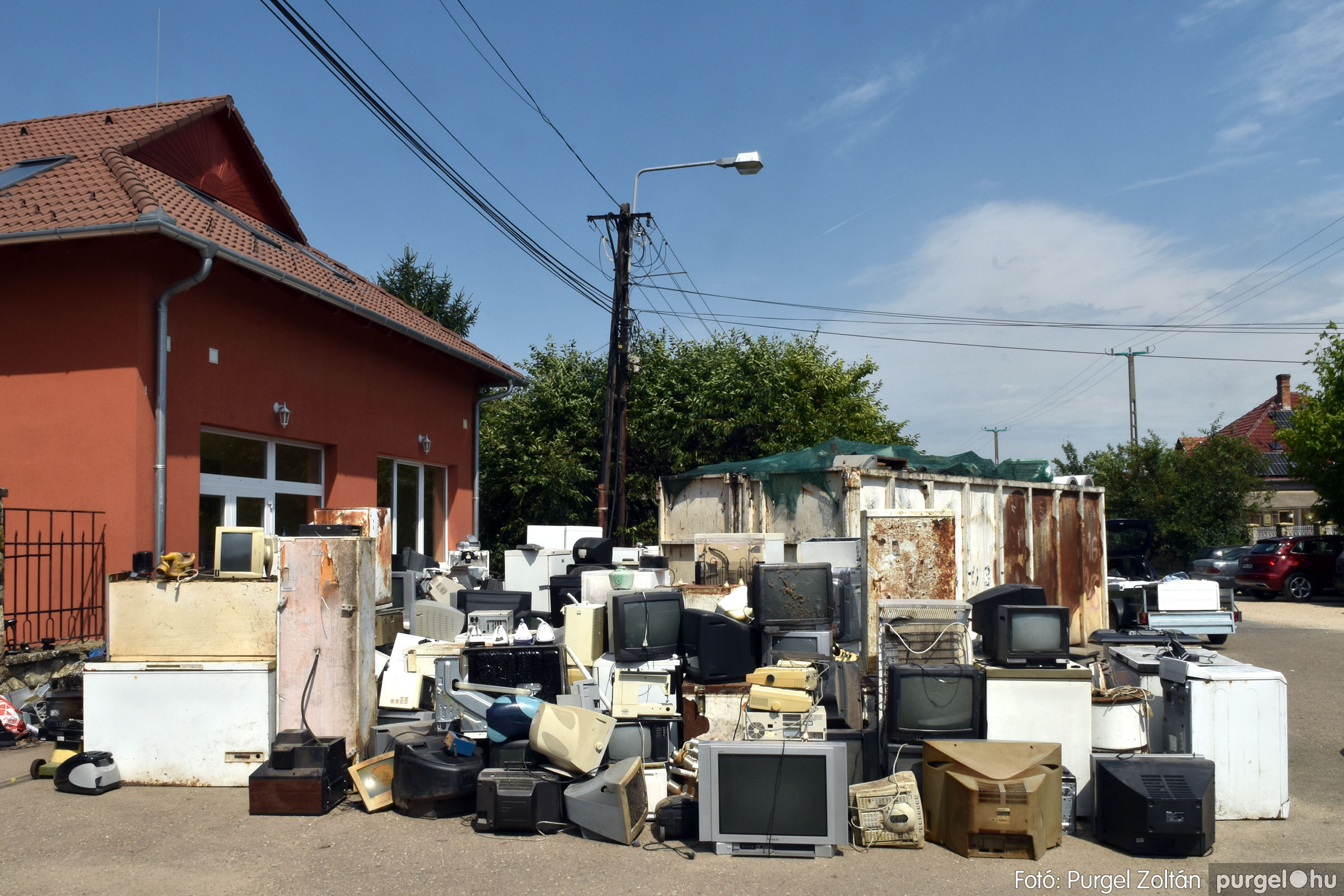 2021.08.01. 003 Elektronikai hulladékgyűjtés – Fotó:PURGEL ZOLTÁN© DSC_8565q